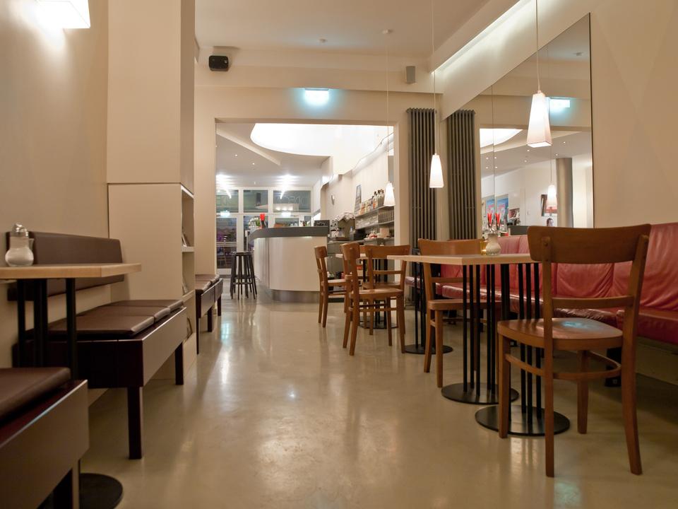 Odeon_Cafe2.jpg